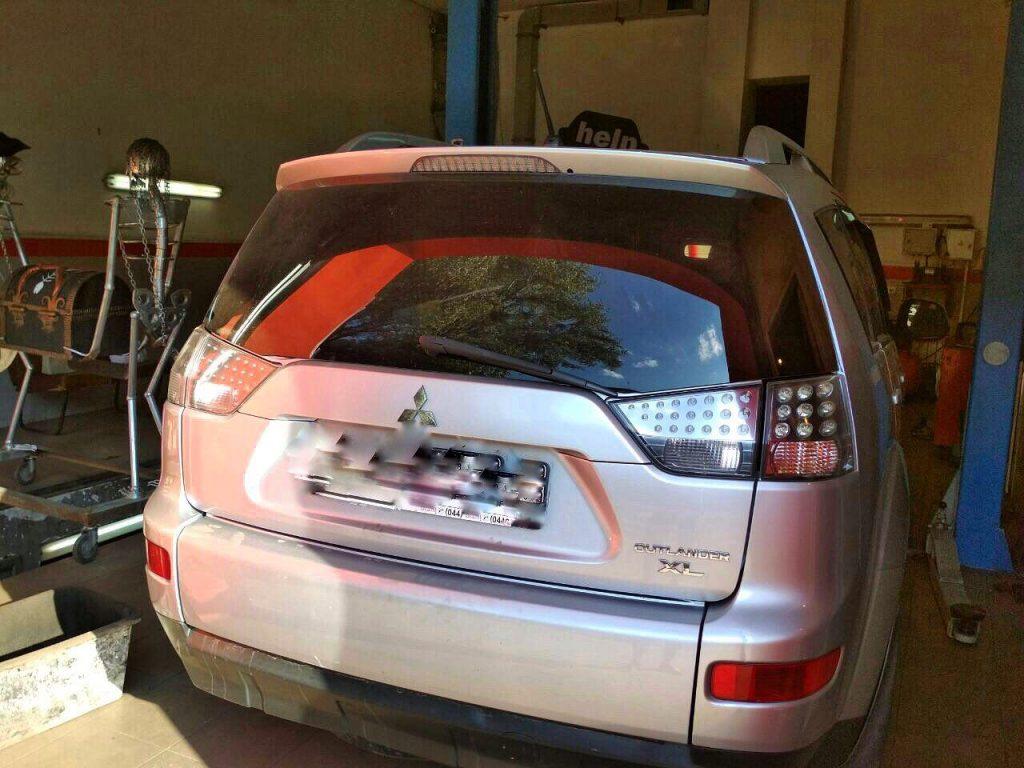 Удалить катализаторы на Mitsubishi Outlander XL 3.0 2008