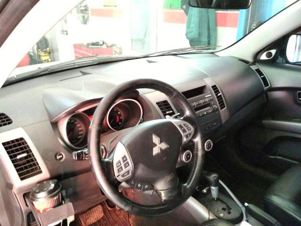 Отключить и удалить катализатор Mitsubishi Outlander XL 3.0 2008