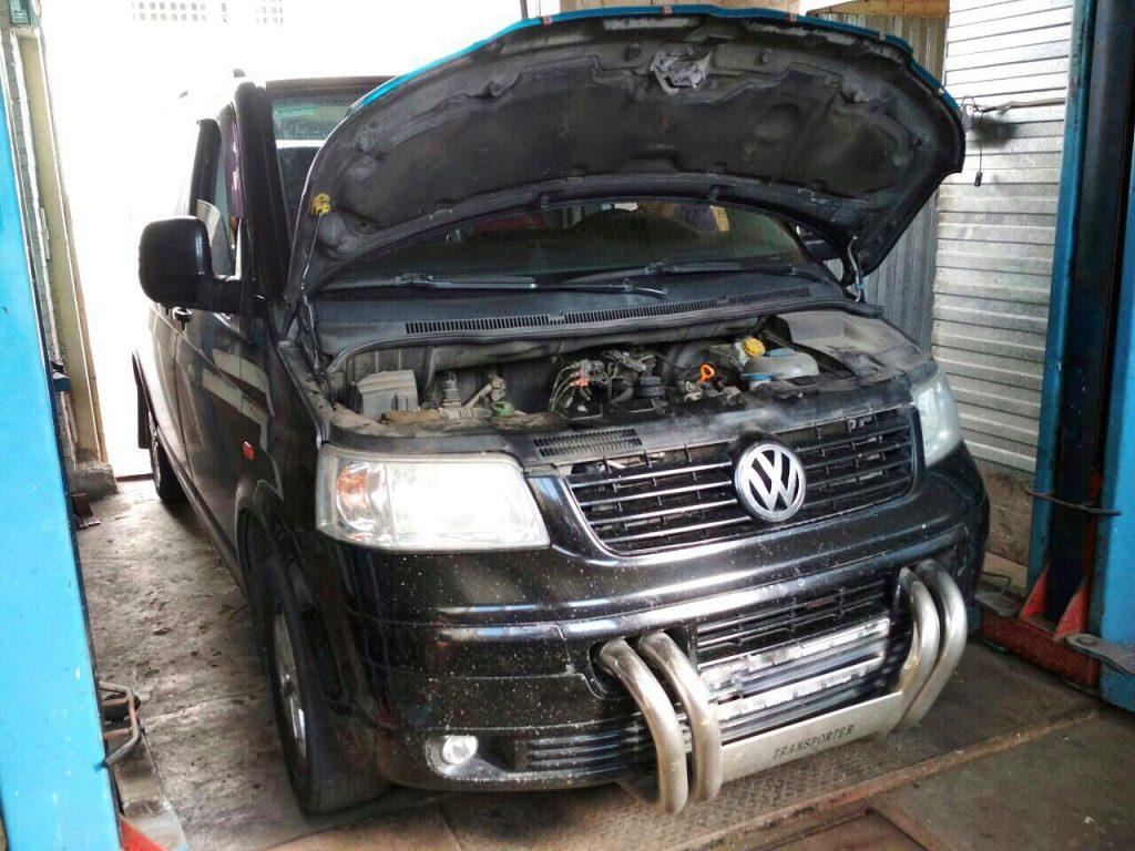 Клапан ЕГР отключение Volkswagen Transporter 1.9 TDI 2009