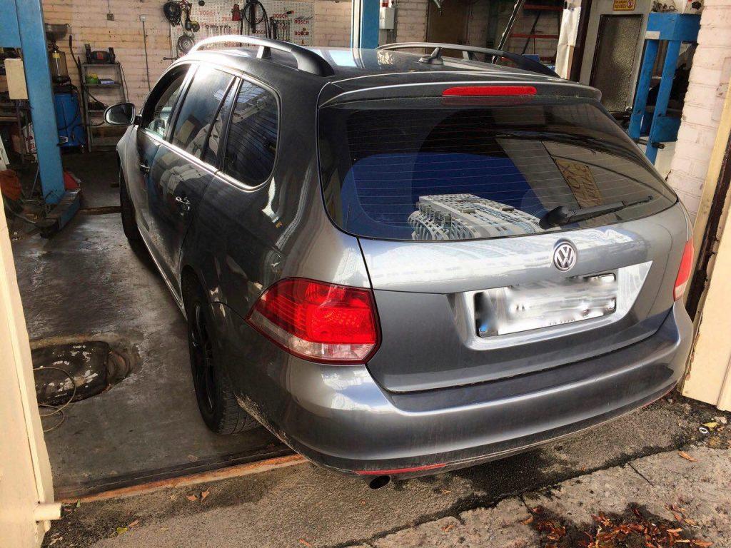 Удаление сажевого фильтра Volkswagen Golf 6 1.6 TDI 2011