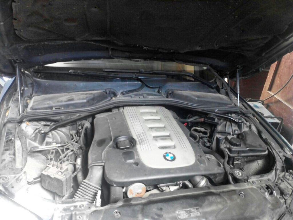 Заглушить клапан ЕГР BMW 5 e60 3.0 D 2005
