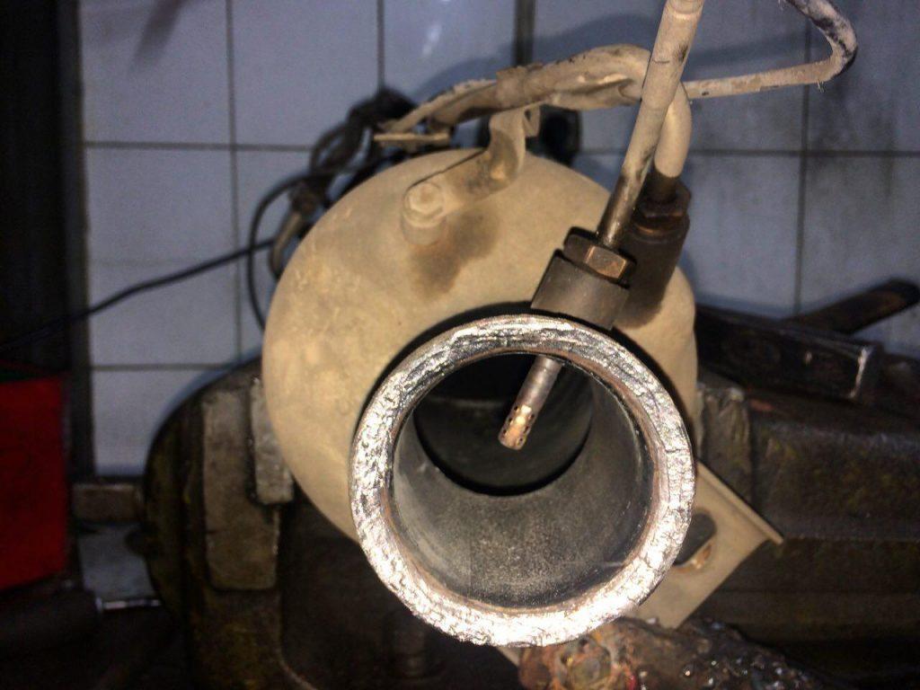 Удалить сажевый фильтр на Volkswagen Т5 2.5 TDi 2008
