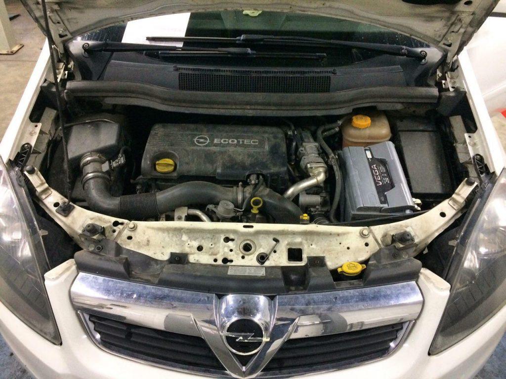 Opel Zafira B 1.7 CDTI 2013 заглушить клапан ЕГР