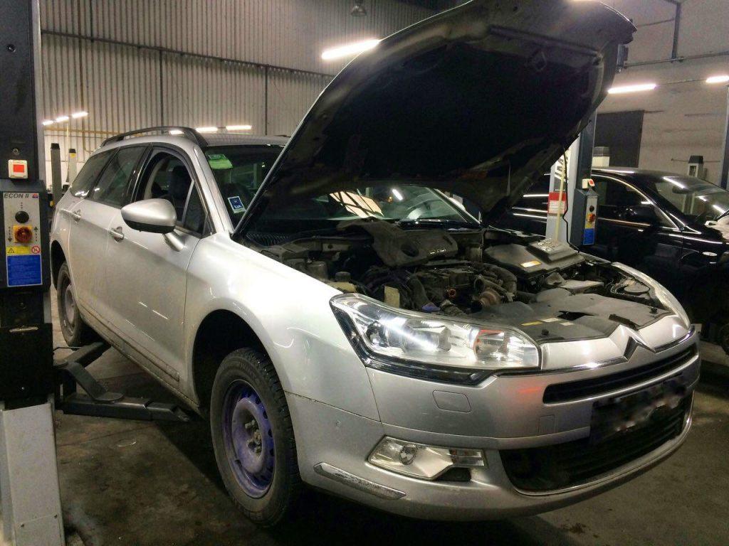 Удаление сажевого фильтра и заглушка клапана ЕГР на Citroën C5 1.6 HDi 2011