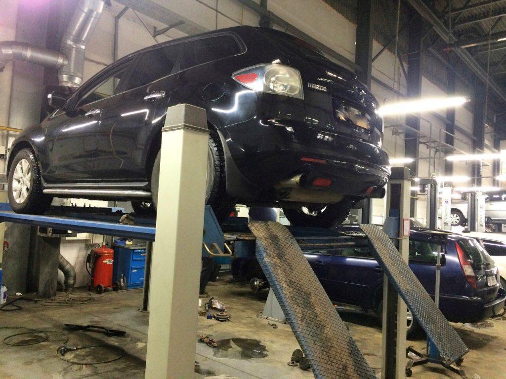 Удаление катализаторов на Mazda CX-7 2.3 Turbo 2008