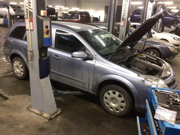 Заглушить клапан ЕГР и отключить, удалить и отключить сажевый фильтр в Киеве на Opel Astra 1.3 CDTI 2008